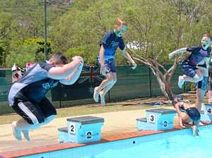 ESk pool bombing competition