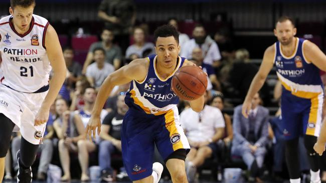 Travis Trice of the Bullets in action during the NBL Round 16 game between Brisbane Bullets and Adelaide 36ers at the Brisbane Convention and Exhibition Centre in Brisbane, Saturday, January 27, 2018. (AAP Image/Josh Woning) NO ARCHIVING, EDITORIAL USE ONLY