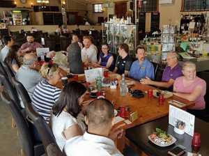 Entrepreneurs exchange big ideas over breakfast