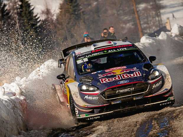 Ogier sees advantage trimmed by Tanak