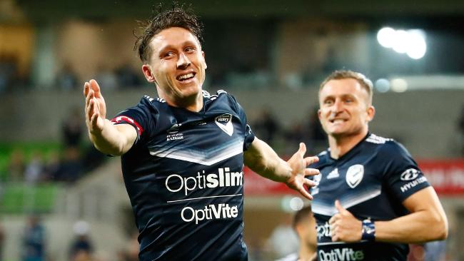 Mark Milligan is set to leave Melbourne Victory for Al-Ahli. Picture: Getty Images