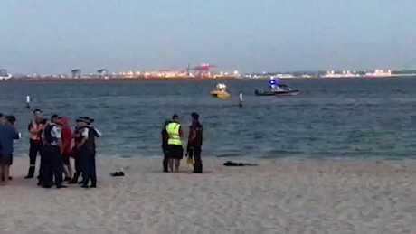 Body of free diver found at Sydney beach