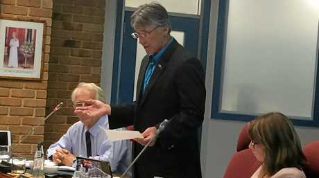 Councillor Greg Bennett speaking against a special business rate variation at the extraordinary council meeting.