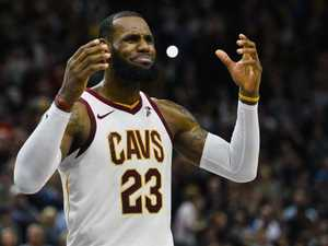 LeBron blocks Cavs trade, Knicks' $72m mistake