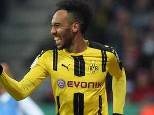 Auba fee agreed, hinges on stunning four-way deal