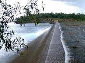 Overflow at Darwin River Dam.