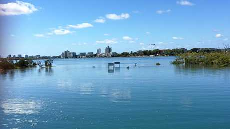 Sunshine Coast Council's 2014 Residents' Handbook: Artificial Waterways lists Twin Waters as a non-tidal canal system. This photograph taken 20 minutes after this morning's 2.13m high tide suggests otherwise.
