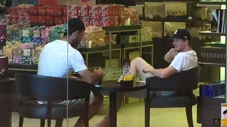 Glenn Maxwell (L) and Steve Smith meet up for a coffee to clear the air.