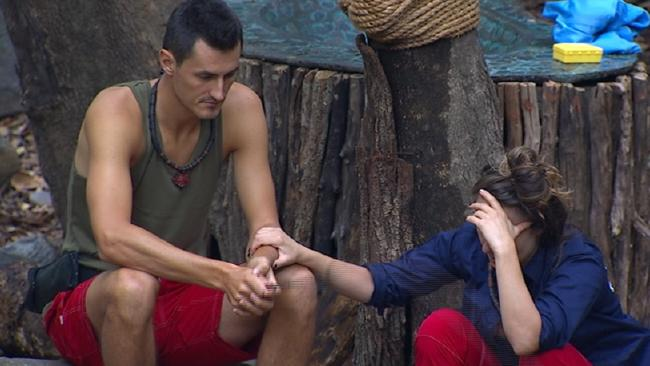 Bernard Tomic speaks to Jackie Gillies on I'm a Celebrity.