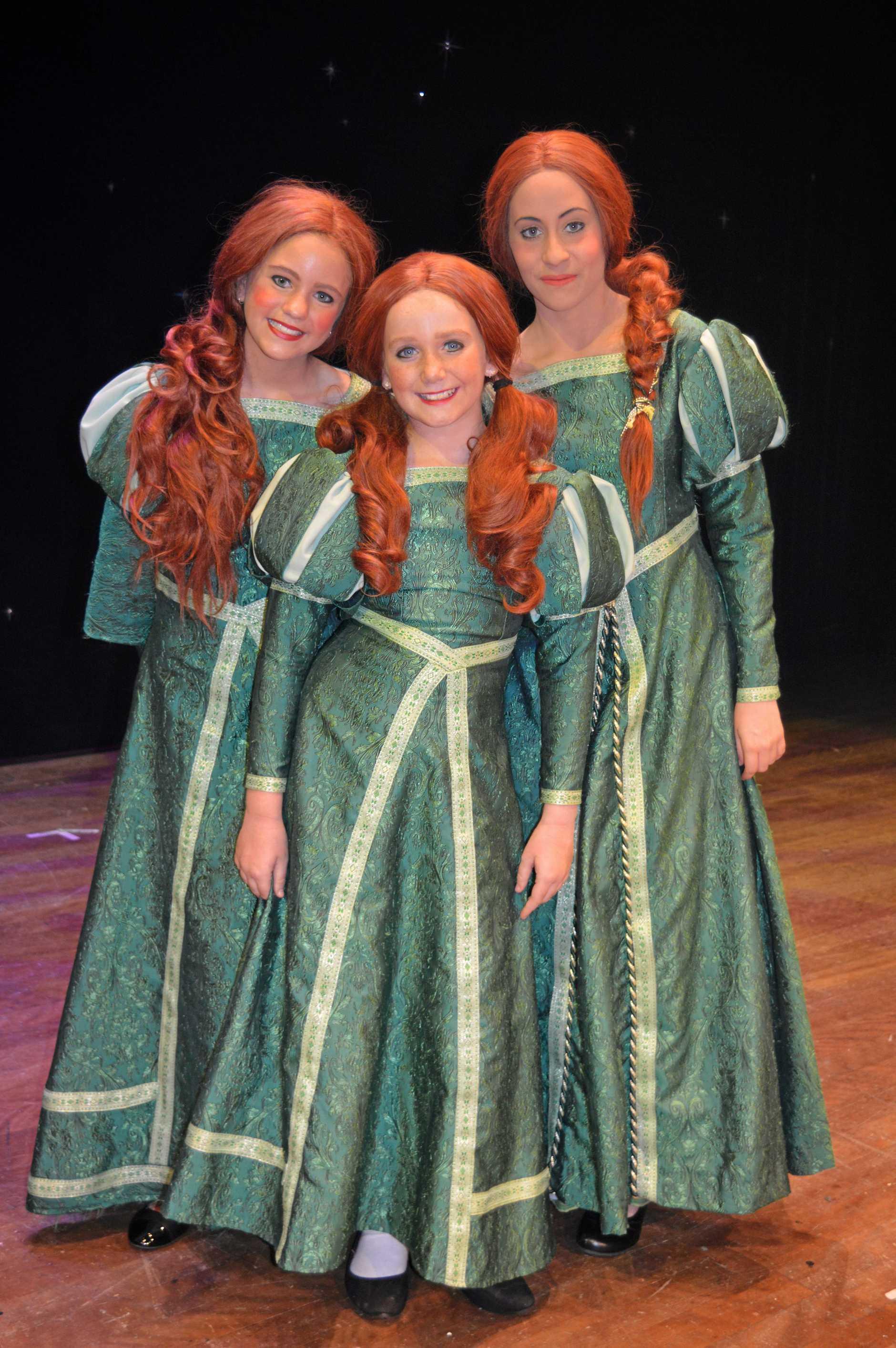 Teen Fiona (Bridie Millard) Young Fiona (Libby Corbet) Fiona (Mary Allen).