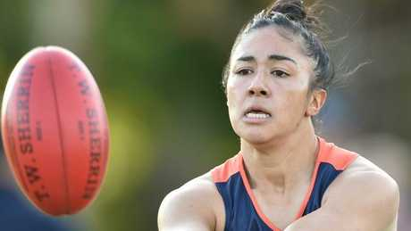 AFLW: Pie D'Arcy reported for kicking