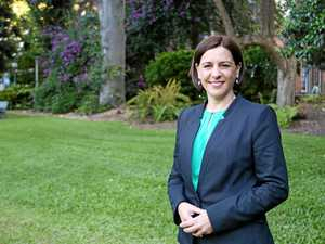 Deb calls for swimming vouchers to stop drownings