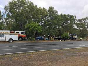 Crash into light pole obstructs busy Rocky roundabout
