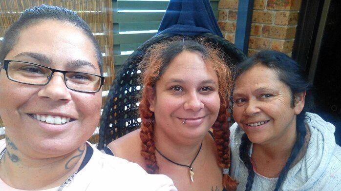 Chantelle Taylor (middle) with her sister, Cindy-Lou Taylor (left) and their mum Daphne Taylor (right).