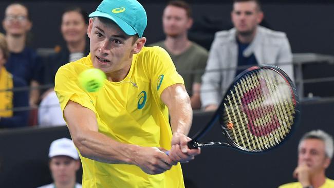 Rising Aussie tennis star Alex de Minaur lost in five sets to world number five Alex Zverev.