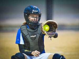 Souths White v Bleats softball