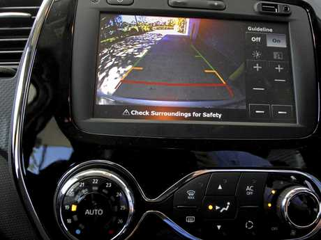 2015 Renault Captur Dynamique TCe 120. Photo: Iain Curry / Sunshine Coast Daily