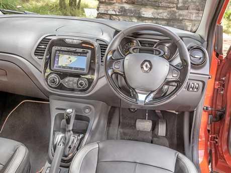 The Renault Captur Inens model.