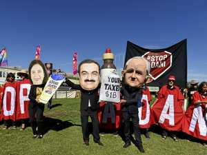 Adani protest ramps it up