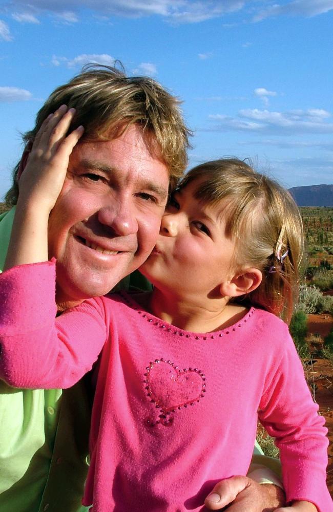 Steve Irwin poses with his daughter Bindi Irwin October 2, 2005 in Uluru. Picture: Australia Zoo