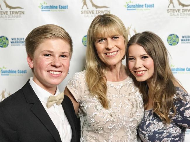 Robert, Terri and Bindi Irwin at the Steve Irwin Gala in Los Angeles.