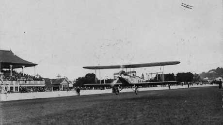 Bert Hinkler lands at Eagle Farm racecourse on March 6, 1928.