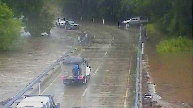 Peets Bridge and Gillies Highway is close to flooding. PHOTO: Flood Cam