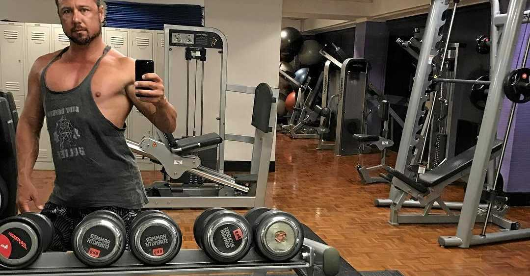 New Hinchinbrook MP Nick Dametto is posting gym selfies from Parliament House.