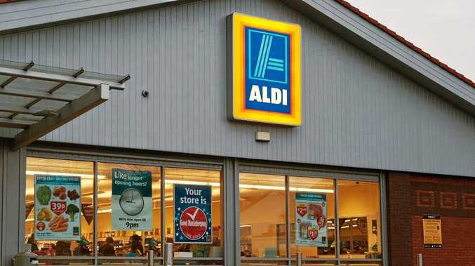 Aldi is now hiring an area manager.