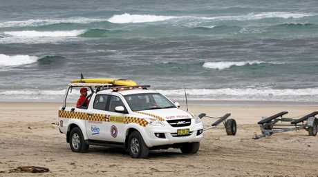 Emergency services this morning recovered the body of a man in his 20s from Fingal Head Beach after we was swept out on the southern side of the headland yesterday.
