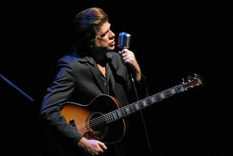 Tex Perkins will be playing in the Johnny Cash tribute show Men in Black at Twin Towns in May.