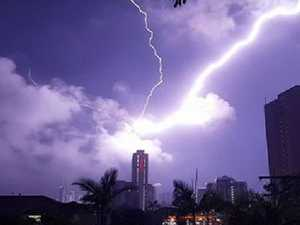 INCOMING! Destructive storm 'likely' after Qld lashed