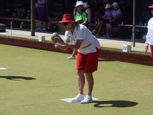 Alstonville bowler Cheryl Ryan playing women's fours