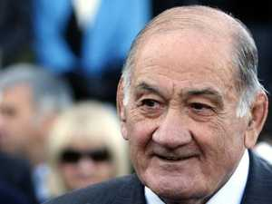 Australian rugby mourns death of icon