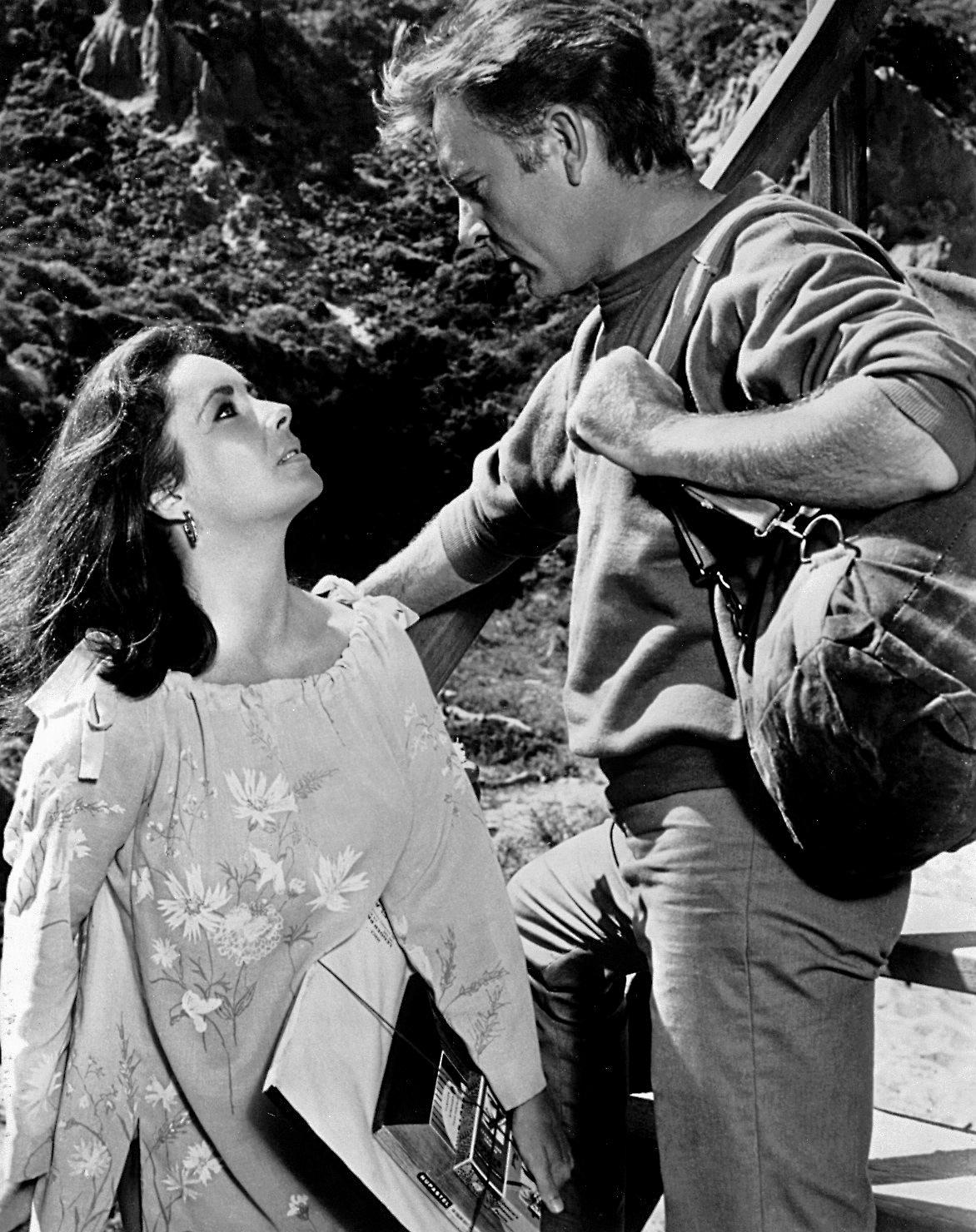 Taylor and her co-star and husband, Richard Burton in The Sandpiper, 1965.