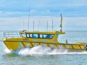 Bundy VMR helps 12 passengers off Burnett Heads