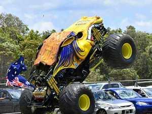Monster War on Wheels