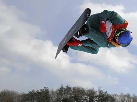 Scotty James flies high.