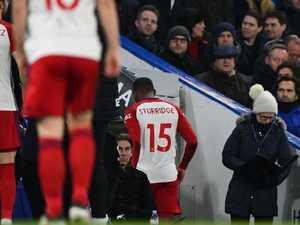 Sturridge lasts THREE MINUTES in Chelsea's big win
