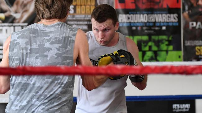 Jeff Horn gets ready for Crawford. (AAP Image/Dan Peled)