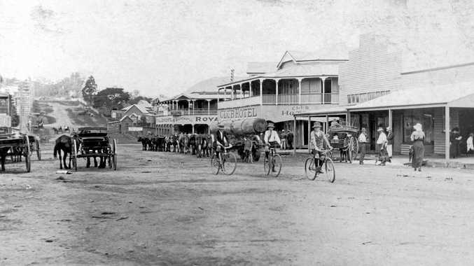 A DIFFERENT WORLD: Currie St, Nambour, looking south along western side towards Club Hotel and Royal George Hotel, 1915.