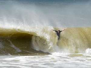Lifeguards to close beaches as big swell arrives