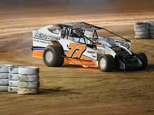 Qld Dirt Modifieds title on line