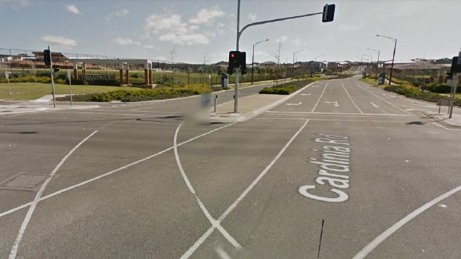 Eight people have been injured in a crash at the intersection of Cardinia Rd and the Princes Highway.