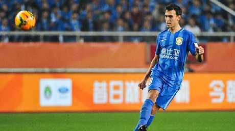 Trent Sainsbury #6 of Jiangsu Suning.