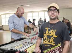 Vinyl treasure hunt