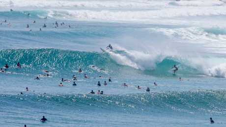 Extreme Surf Conditions Close Beaches Across SA Queensland