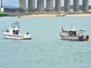 Two boaties call on VMR for help