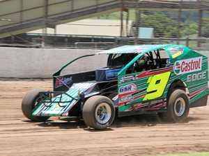Robinson wins V8 Dirt Modified Qld title