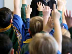 Number of male teachers plummets to new low
